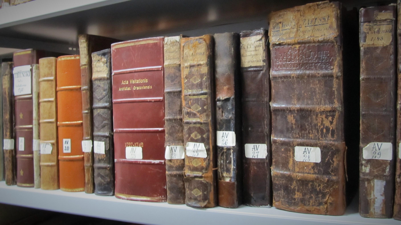 Kontynuacja konserwacji najcenniejszych rękopisów staropolskich ze zbiorów Archiwum Kurii Metropolitalnej w Krakowie